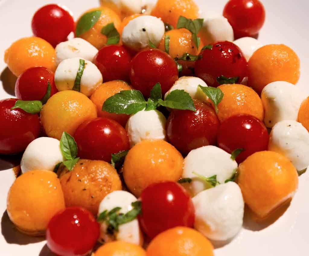 Salade Melon Tomates Cerises Mozarella Zestonszestons